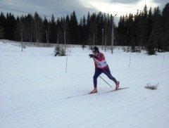 Fint driv: Bjørn Edvardsen i fint driv inn mot mål på Bergegarda skistadion